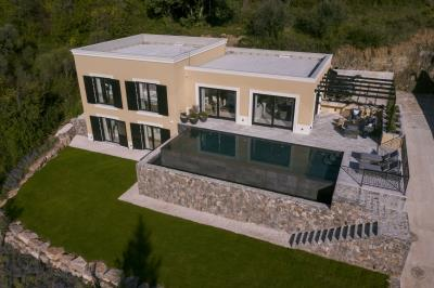 modern-villa-for-sale-in-Tivat--8-