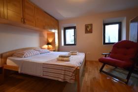Image No.6-Maison de ville de 3 chambres à vendre à Kotor