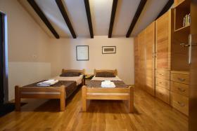 Image No.9-Maison de ville de 3 chambres à vendre à Kotor