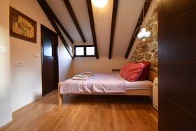 Image No.11-Maison de ville de 3 chambres à vendre à Kotor