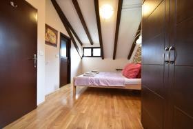 Image No.18-Maison de ville de 3 chambres à vendre à Kotor