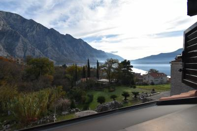 Beautiful-semi-detached-stone-house-with-sea-views--Kotor-Bay--13207--23-_1280x853