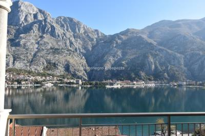 Two-bedroom-apartment-with-stunning-sea-views--Kotor--13204--8-