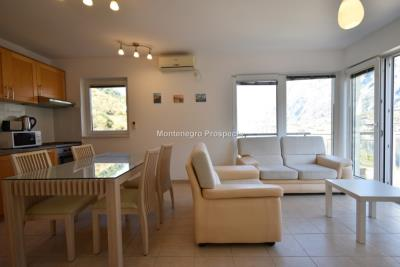 Two-bedroom-apartment-with-stunning-sea-views--Kotor--13204--9-