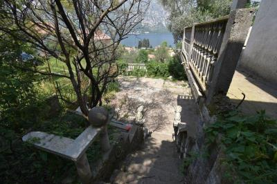 Two-level-house-in-need-of-renovation-for-sale-with-sea-views-in-Kotor-Bay--7975--1-
