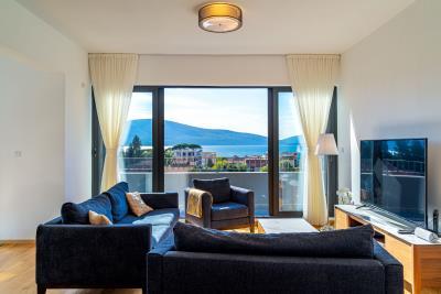 Three-bedroom-penthouse-with-sea-views-in-Donja-Lastva--Tivat-13212--10-