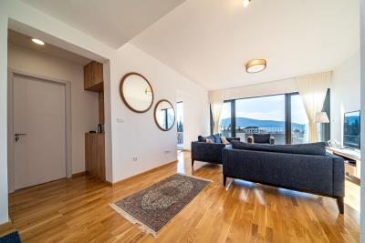 Three-bedroom-penthouse-with-sea-views-in-Donja-Lastva--Tivat-13212--24-