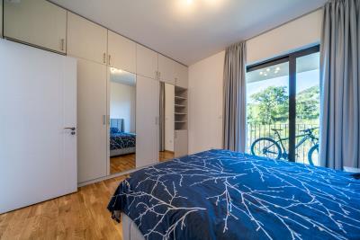 Three-bedroom-penthouse-with-sea-views-in-Donja-Lastva--Tivat-13212--34-