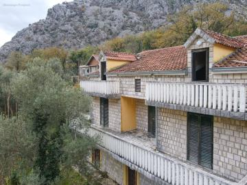 House-for-sale-Kotor-Orahovac--12--12ink