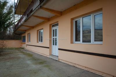 Prodaja-kuce-u-Danilogradu-uz-magistralu--19--ink