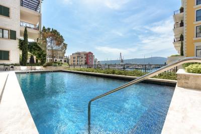 Charming-one-bedroom-apartment-in-Porto-Montenegro--10326--3-