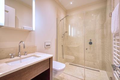 Charming-one-bedroom-apartment-in-Porto-Montenegro--10326--1-