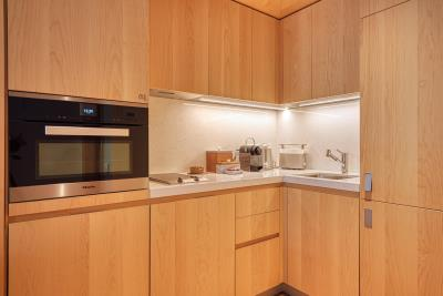 Stylish-and-spacious-apartment-for-sale-in-Porto-Montenegro--Tivat--10327--3-