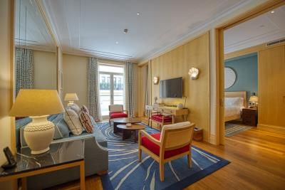 Stylish-and-spacious-apartment-for-sale-in-Porto-Montenegro--Tivat--10327--6-