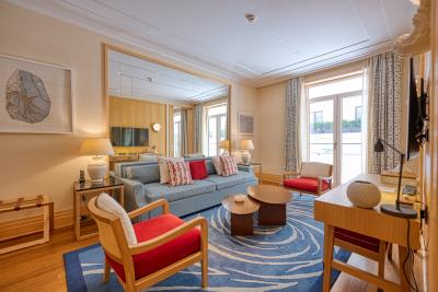 Stylish-and-spacious-apartment-for-sale-in-Porto-Montenegro--Tivat--10327--8-