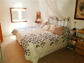 Image No.10-Maison de village de 4 chambres à vendre à Sierro