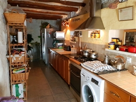 Image No.4-4 Bed Village House for sale