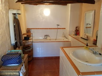 13262-village-house-for-sale-in-sierro-194257