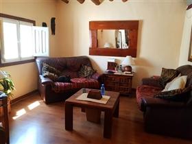 Image No.4-Maison de village de 4 chambres à vendre à Sierro
