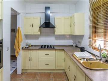 15346-village-house-for-sale-in-seron-344708-