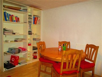 15346-village-house-for-sale-in-seron-298204-