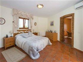 Image No.21-5 Bed Villa for sale