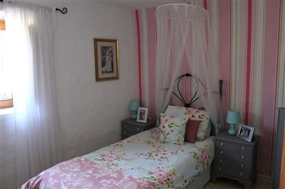 17498-village-house-for-sale-in-oria-410703-x
