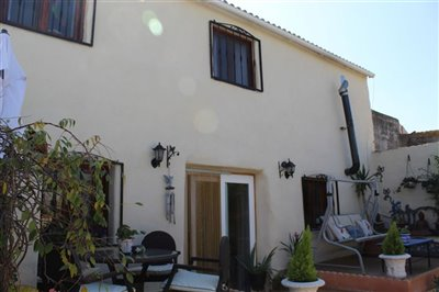 17498-village-house-for-sale-in-oria-410714-x