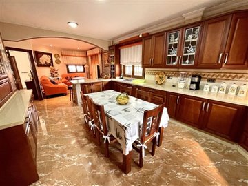 18830-villa-for-sale-in-huercal-overa-506555-
