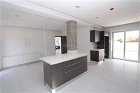 Image No.9-Villa / Détaché de 4 chambres à vendre à Kapparis