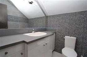 Image No.13-Villa / Détaché de 4 chambres à vendre à Kapparis