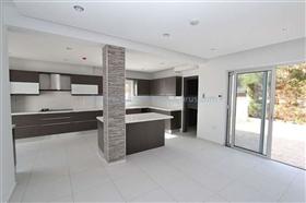 Image No.8-Villa / Détaché de 4 chambres à vendre à Kapparis