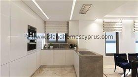 Image No.8-Villa / Détaché de 4 chambres à vendre à Ayia Thekla