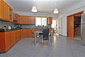 Image No.2-Bungalow de 3 chambres à vendre à Xylofagou