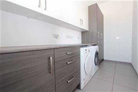 Image No.10-Villa / Détaché de 5 chambres à vendre à Avgorou