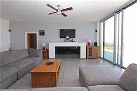 Image No.1-Villa / Détaché de 5 chambres à vendre à Avgorou