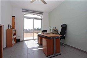 Image No.19-Villa / Détaché de 5 chambres à vendre à Avgorou