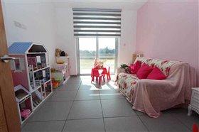 Image No.24-Villa / Détaché de 5 chambres à vendre à Avgorou