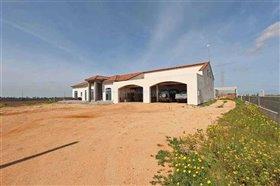Image No.3-Villa / Détaché de 5 chambres à vendre à Avgorou