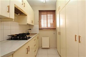 Image No.6-4 Bed Townhouse for sale