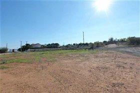 Image No.1-Terre à vendre à Pernera