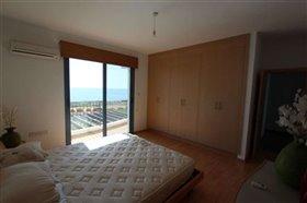 Image No.10-Villa / Détaché de 5 chambres à vendre à Ayia Thekla