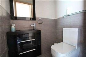 Image No.11-Villa / Détaché de 5 chambres à vendre à Ayia Thekla