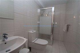 Image No.28-Villa / Détaché de 5 chambres à vendre à Ayia Thekla