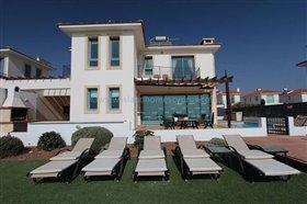 Image No.2-Villa / Détaché de 5 chambres à vendre à Ayia Thekla