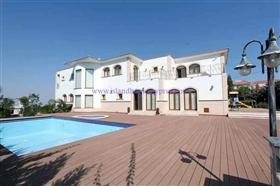 Image No.2-Villa / Détaché de 5 chambres à vendre à Protaras