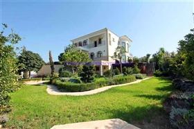 Image No.5-Villa / Détaché de 5 chambres à vendre à Protaras