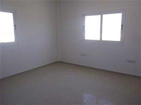 Image No.4-Bungalow de 4 chambres à vendre à Avgorou