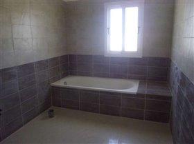 Image No.5-Bungalow de 4 chambres à vendre à Avgorou