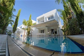 Image No.0-Villa / Détaché de 3 chambres à vendre à Famagusta